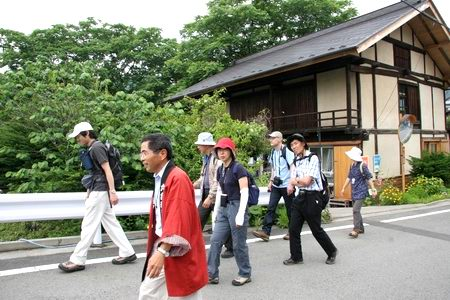 10akaiwa7-4-01.JPG