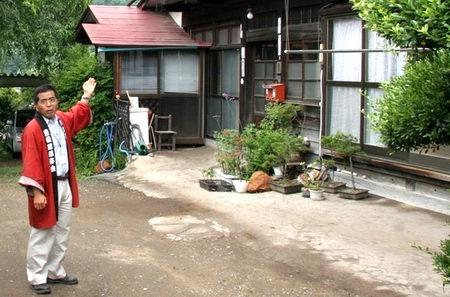 10akaiwa7-4-03.JPG